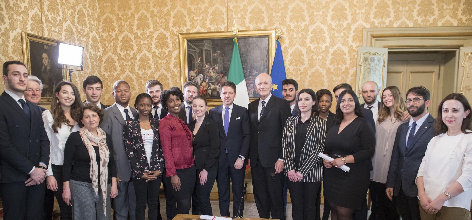 Leaders for Peace, il premier Conte in visita a Rondine per il sostegno dell'Italia
