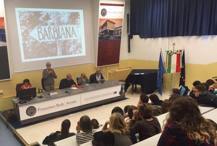 """""""Il teatro insegna don Milani"""" ad Arezzo. Incontro con Michele Gesualdi"""