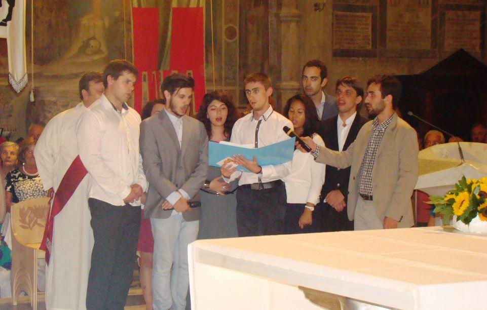 I giovani di Rondine in Cattedrale per cantare l'Inno di San Donato